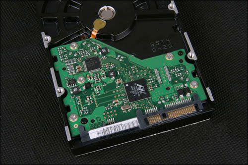 硬盘电路板损坏恢复方案